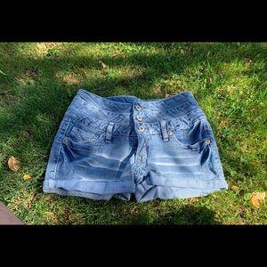 Amethyst shorts size 3